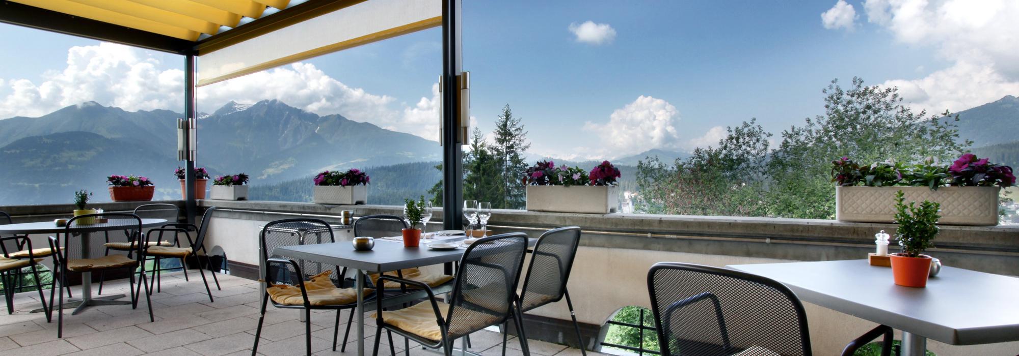 Sonnenterrasse Restaurant Fidazerhof in Flims / Laax
