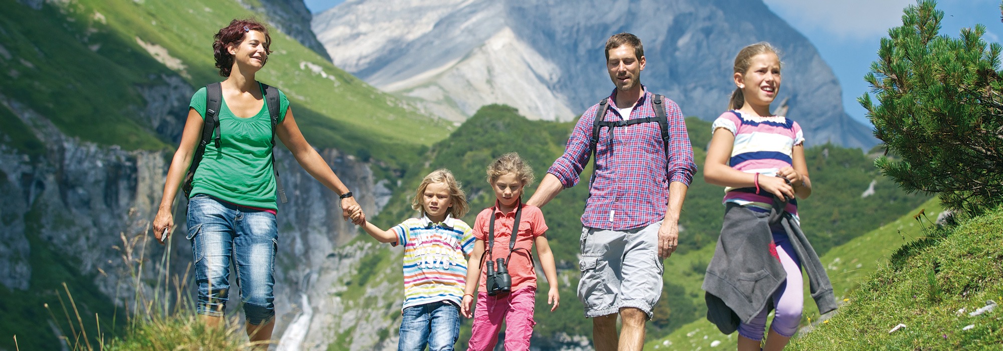 Hiking Flims Family with children
