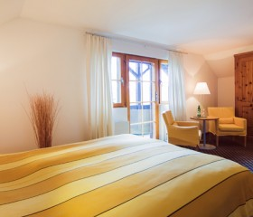 Comfort room 10